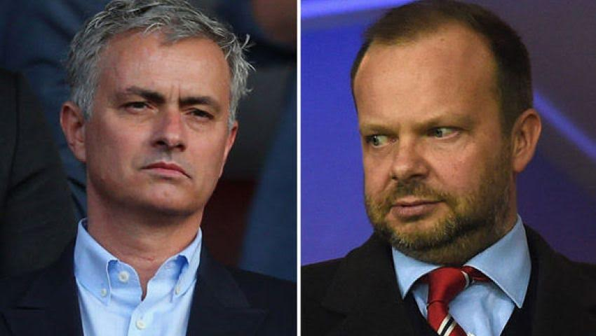 Mourinho phan ung truoc ban lanh dao Man Utd
