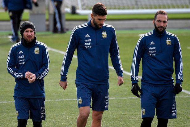 Messi báo tin vui cho người hâm mộ