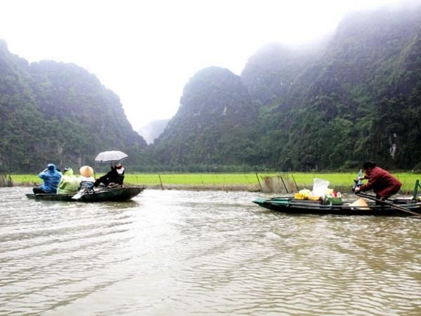 Trên sông Ngô Đồng.