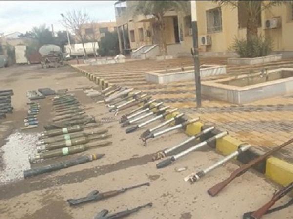 """Quân đội Syria giành """"chiến lợi phẩm"""" ở Nam Hama."""