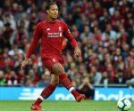 Virgil Van Dijk cũng đã có trận đấu tròn vai trước West Ham