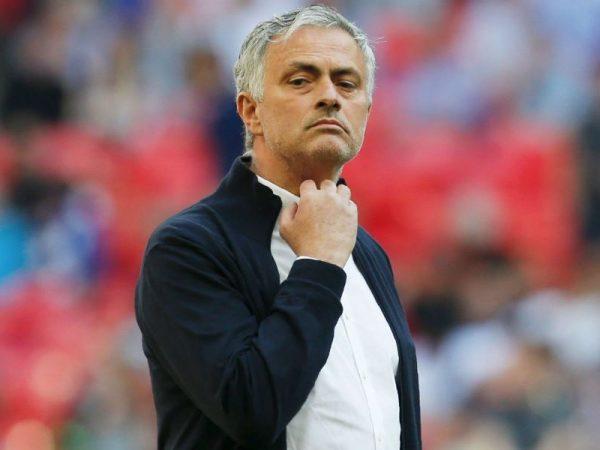 Mourinho quan tâm Milan Skriniar (Inter Milan) và Alessio Romagnoli (AC Milan)