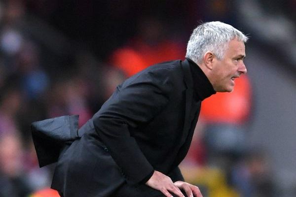 Real Madrid mong Mourinho bị MU sa thải