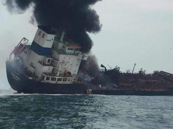 Tàu chở dầu Việt Nam phát nổ trên biển Hong Kong