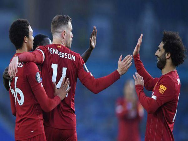 Man City thắng hủy diệt, Liverpool tiến sát kỷ lục