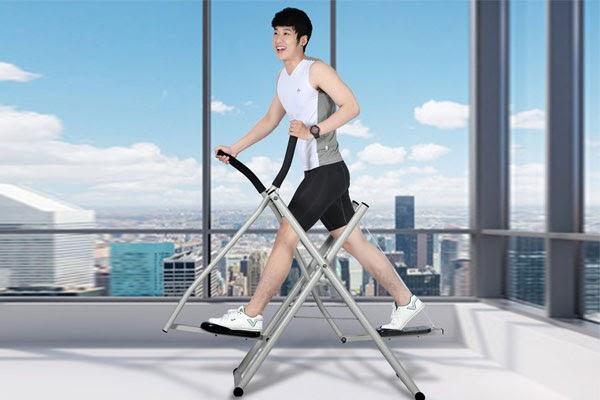 Giảm cân an toàn với máy tập đi bộ trên không