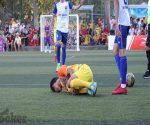 Đế giày đá bóng - Thủ phạm hàng đầu gây chấn thương