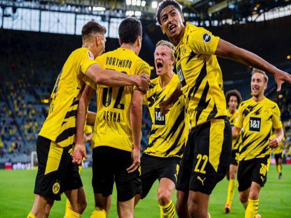 Soi kèo Gladbach vs Dortmund, 02h30 ngày 23/1 - Bundesliga
