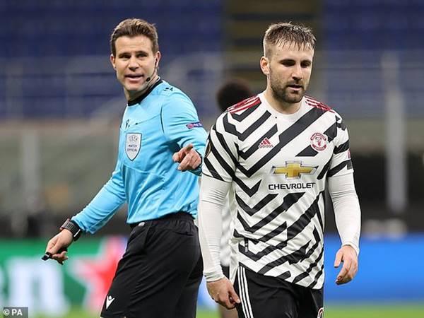 Tin trưa 19/3: Man United vẫn bị chê dở dù vừa thắng