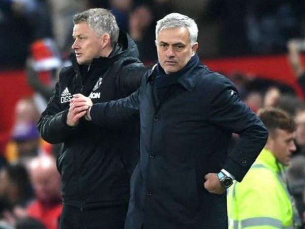 Bóng đá hôm nay 10/4: Mourinho không ngại 'Vua phạt đền' Man Utd