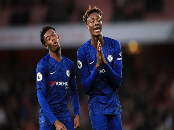 Tin chuyển nhượng 3/8: Chelsea chia tay Abraham, Hudson-Odoi